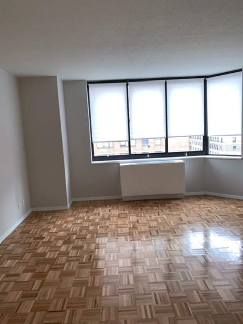 2 Bedrooms, Rose Hill Rental in NYC for $4,905 - Photo 1