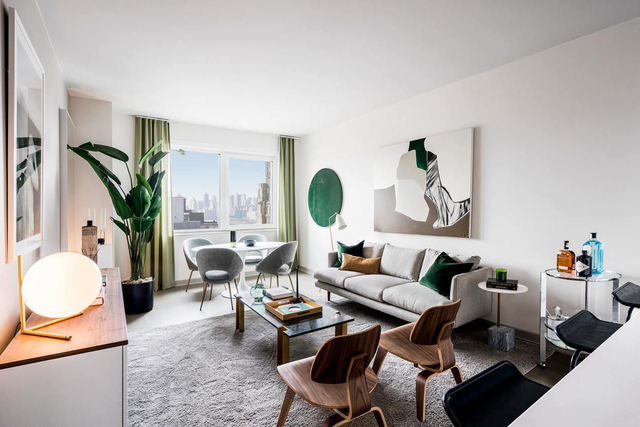 1 Bedroom, Long Island City Rental in NYC for $3,755 - Photo 2