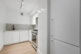 2 Bedrooms, Chelsea Rental in NYC for $8,419 - Photo 2