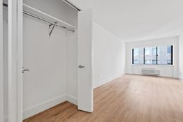 2 Bedrooms, Chelsea Rental in NYC for $8,419 - Photo 1