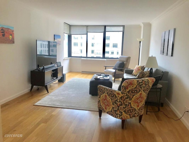 1 Bedroom, Lenox Hill Rental in NYC for $6,000 - Photo 2