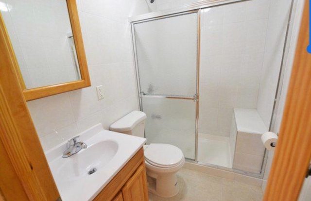 2 Bedrooms, Sunset Park Rental in NYC for $1,925 - Photo 2