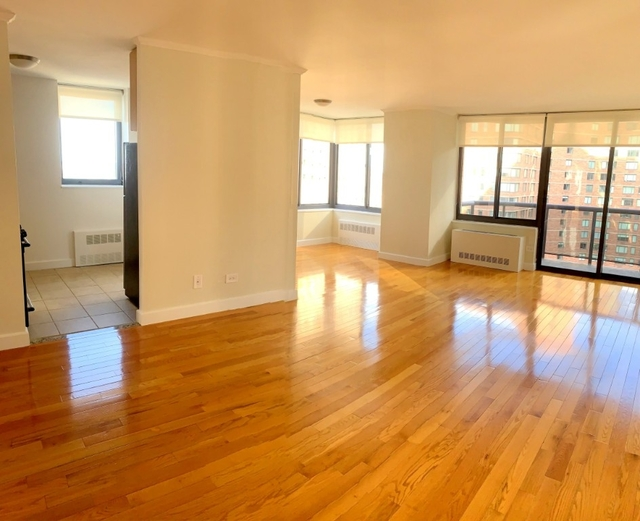 2 Bedrooms, Theater District Rental in NYC for $6,000 - Photo 1