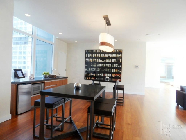 3 Bedrooms, Hell's Kitchen Rental in NYC for $4,600 - Photo 2