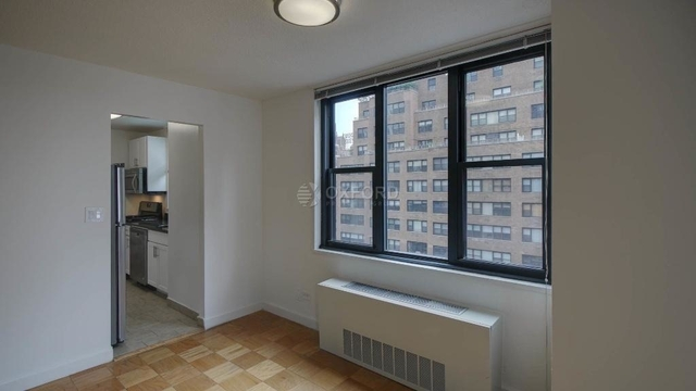 2 Bedrooms, Murray Hill Rental in NYC for $5,350 - Photo 2