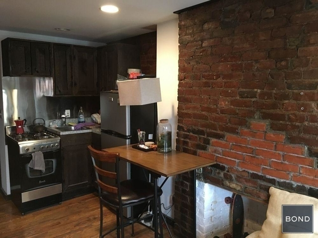3 Bedrooms, Alphabet City Rental in NYC for $4,245 - Photo 2