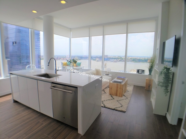2 Bedrooms, Hell's Kitchen Rental in NYC for $6,508 - Photo 1