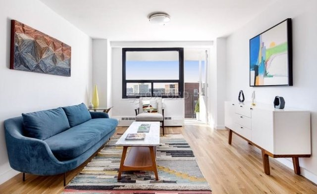 4 Bedrooms, Rego Park Rental in NYC for $3,750 - Photo 2