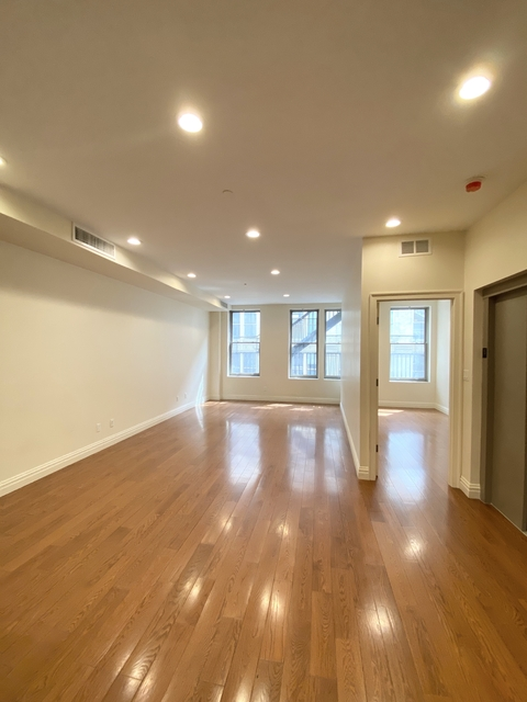 5 Bedrooms, Civic Center Rental in NYC for $11,000 - Photo 1