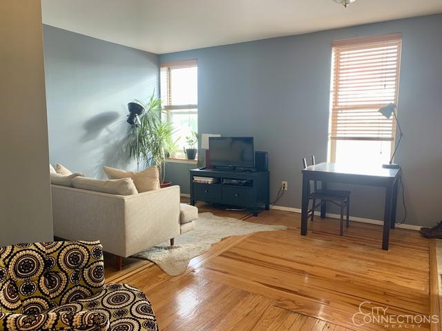 2 Bedrooms, Astoria Rental in NYC for $2,495 - Photo 1