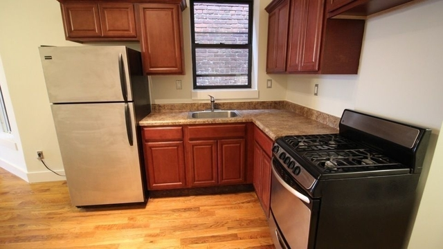 3 Bedrooms, Bedford-Stuyvesant Rental in NYC for $2,699 - Photo 2