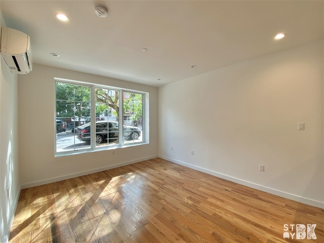 1 Bedroom, Bedford-Stuyvesant Rental in NYC for $2,520 - Photo 2