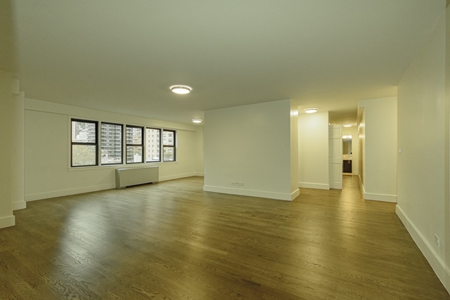 3 Bedrooms, Upper East Side Rental in NYC for $10,800 - Photo 1