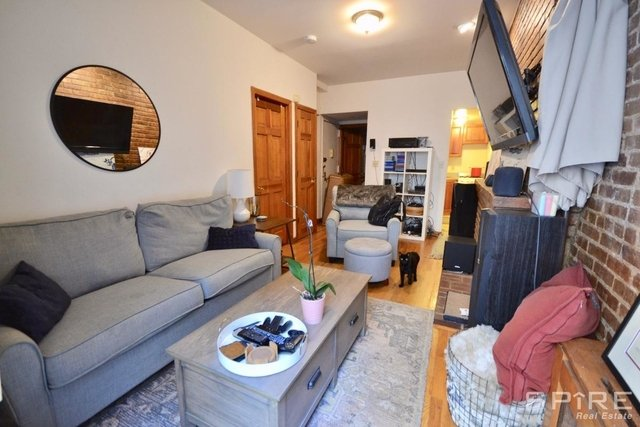 3 Bedrooms, Upper West Side Rental in NYC for $3,950 - Photo 2