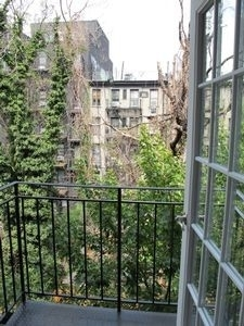1 Bedroom, Alphabet City Rental in NYC for $2,857 - Photo 2