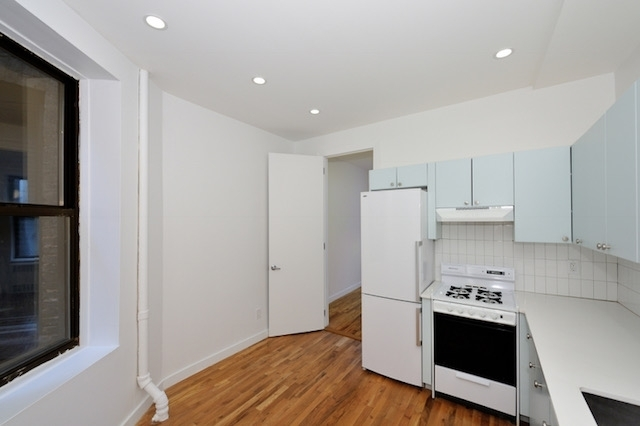 1 Bedroom, SoHo Rental in NYC for $2,595 - Photo 2