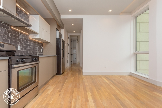 3 Bedrooms, Greenpoint Rental in NYC for $3,795 - Photo 2