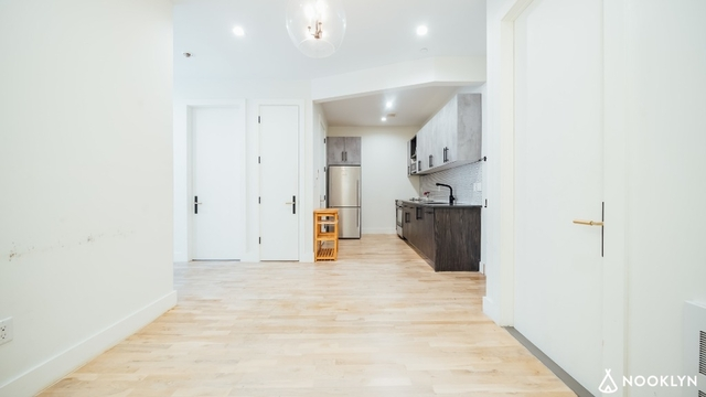 2 Bedrooms, Bushwick Rental in NYC for $3,000 - Photo 2
