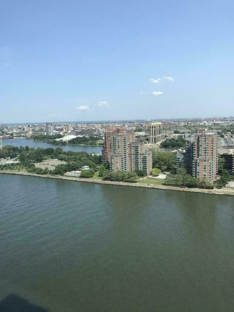 2 Bedrooms, Upper East Side Rental in NYC for $7,300 - Photo 2