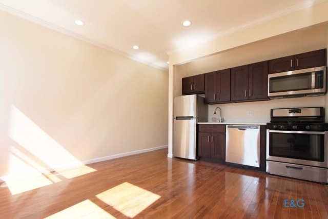 4 Bedrooms, Washington Heights Rental in NYC for $3,483 - Photo 1
