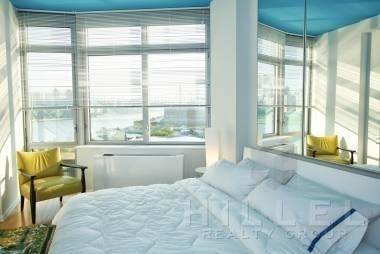 1 Bedroom, Hunters Point Rental in NYC for $3,598 - Photo 2