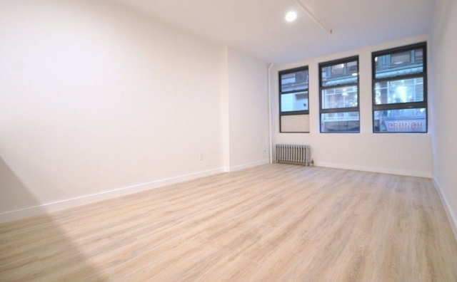 3 Bedrooms, Theater District Rental in NYC for $4,578 - Photo 1