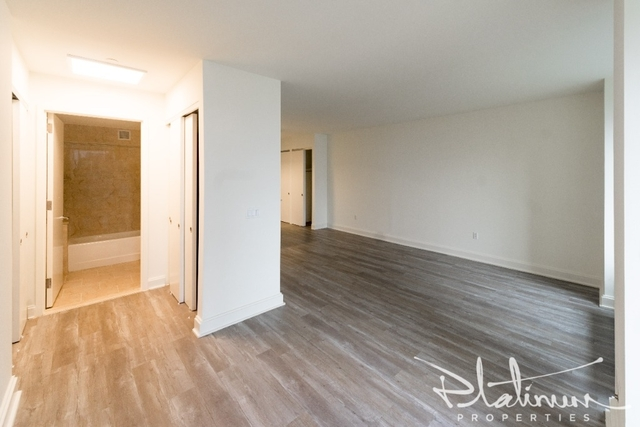 Studio, Financial District Rental in NYC for $3,004 - Photo 2