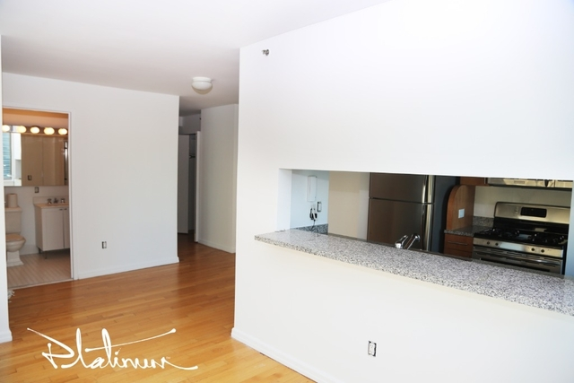 1 Bedroom, Financial District Rental in NYC for $3,722 - Photo 2