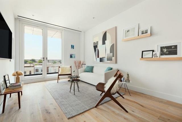 3 Bedrooms, Astoria Rental in NYC for $3,750 - Photo 2