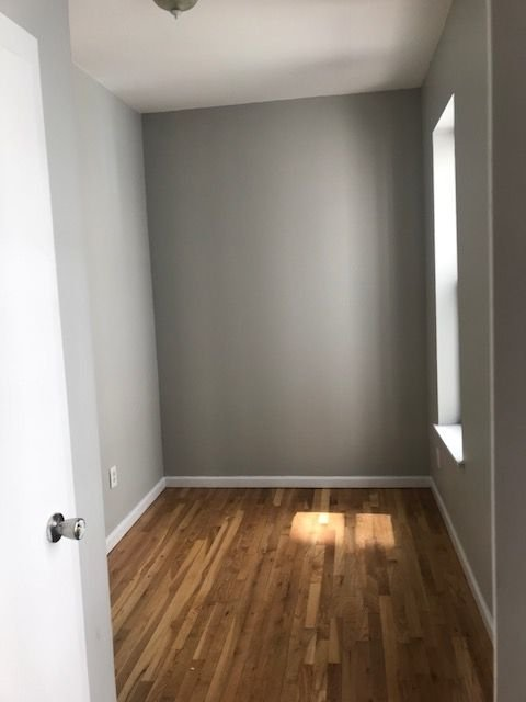 3 Bedrooms, Carnegie Hill Rental in NYC for $3,995 - Photo 2