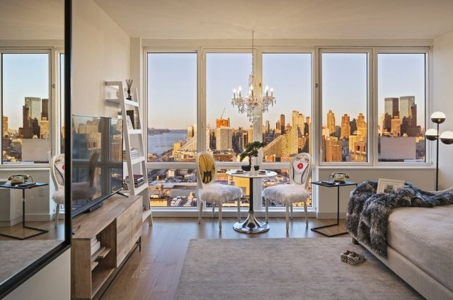 Studio, Hell's Kitchen Rental in NYC for $3,140 - Photo 1