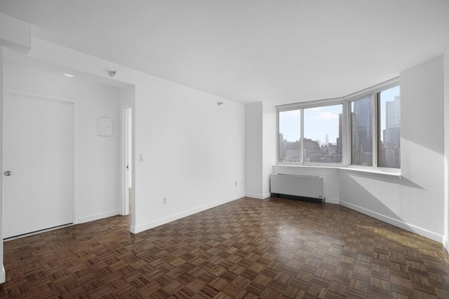 1 Bedroom, Hell's Kitchen Rental in NYC for $3,436 - Photo 1