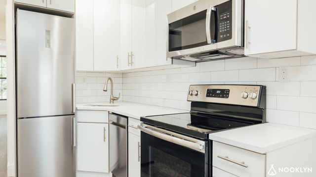 1 Bedroom, Wingate Rental in NYC for $1,925 - Photo 2