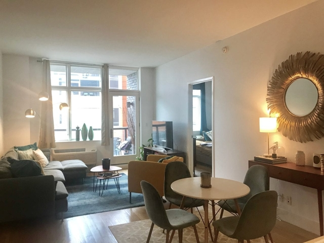 2 Bedrooms, Hunters Point Rental in NYC for $4,430 - Photo 1