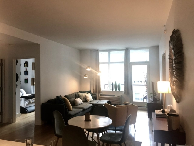 2 Bedrooms, Hunters Point Rental in NYC for $4,430 - Photo 2