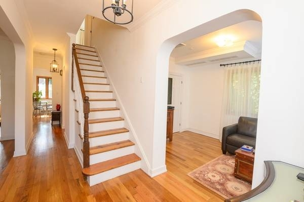 3 Bedrooms, Forest Hills Rental in NYC for $6,100 - Photo 2
