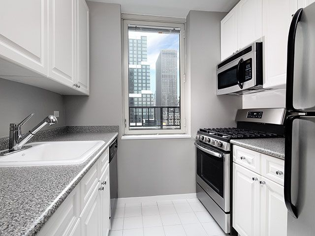 Studio, Theater District Rental in NYC for $3,140 - Photo 1