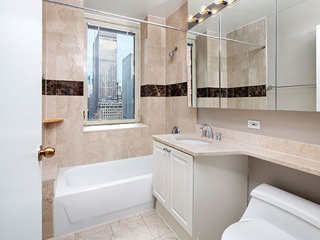 Studio, Theater District Rental in NYC for $3,089 - Photo 1