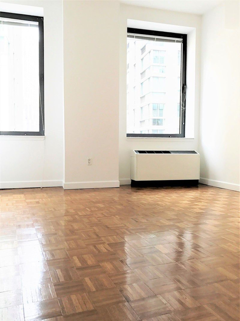 Studio, Financial District Rental in NYC for $2,969 - Photo 2
