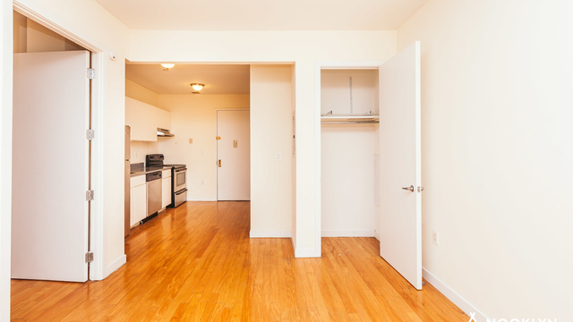 1 Bedroom, East Williamsburg Rental in NYC for $2,295 - Photo 2