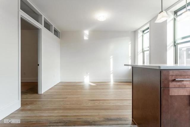 3 Bedrooms, Ridgewood Rental in NYC for $2,950 - Photo 2