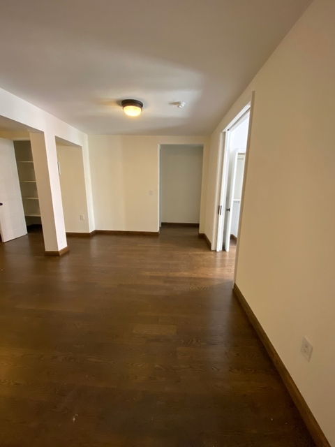1 Bedroom, Hell's Kitchen Rental in NYC for $3,025 - Photo 2