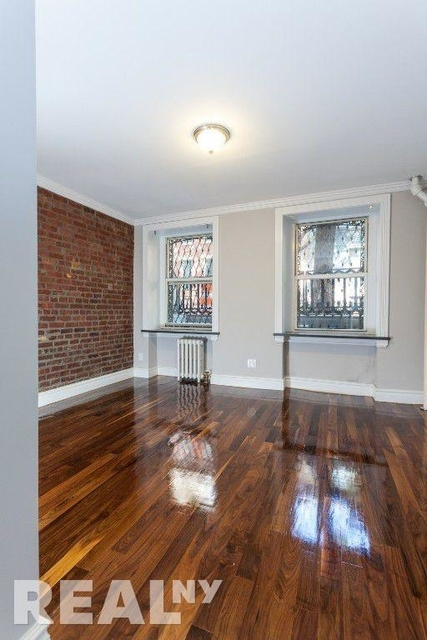3 Bedrooms, Chelsea Rental in NYC for $6,919 - Photo 1