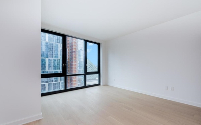 Studio, Lincoln Square Rental in NYC for $2,675 - Photo 2
