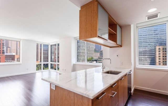 2 Bedrooms, Battery Park City Rental in NYC for $6,699 - Photo 1