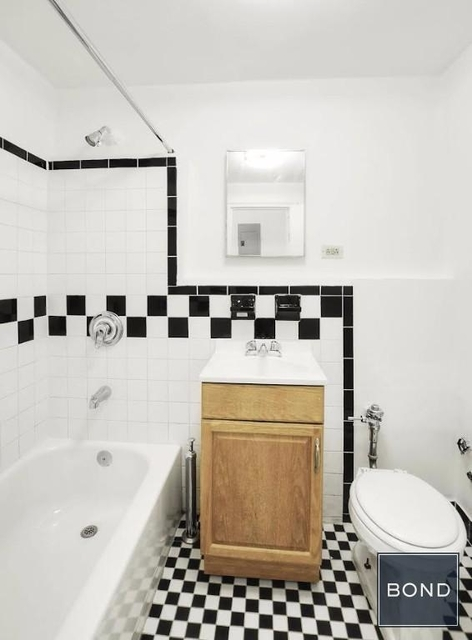 Studio, Hell's Kitchen Rental in NYC for $1,894 - Photo 1