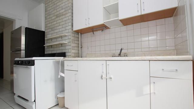 1 Bedroom, Ridgewood Rental in NYC for $1,800 - Photo 1