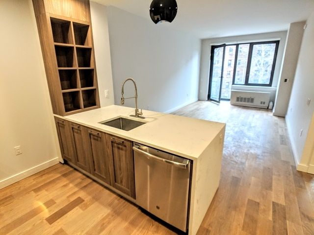 2 Bedrooms, Midwood Rental in NYC for $2,950 - Photo 1