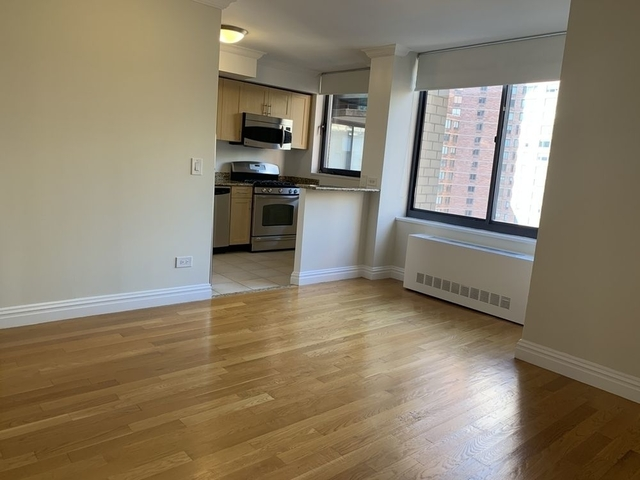 Studio, Theater District Rental in NYC for $3,002 - Photo 2
