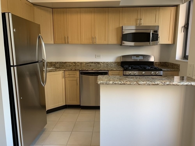 Studio, Theater District Rental in NYC for $3,002 - Photo 1